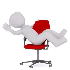 auf Stuhl