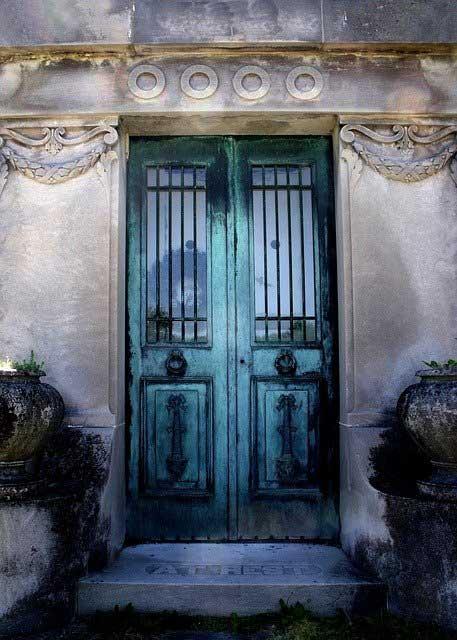 geschlossene Tür - deine Zufriedenheit